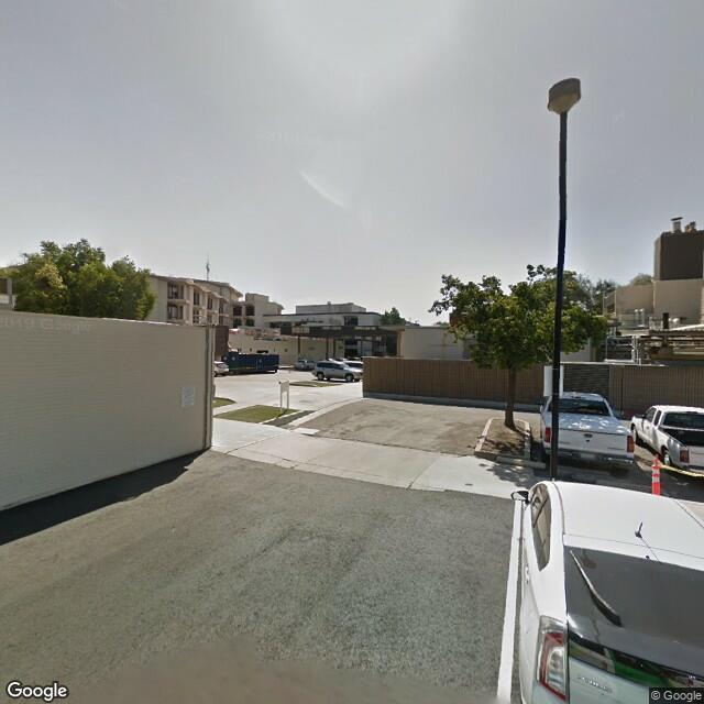 100 W Willow Ave, Visalia, CA 93291