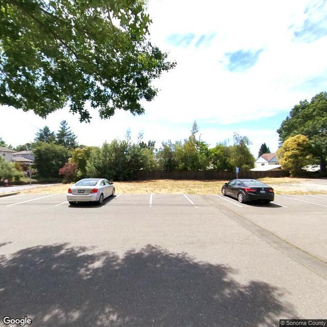 120 Pleasant Hill Ave N, Sebastopol, CA 95472