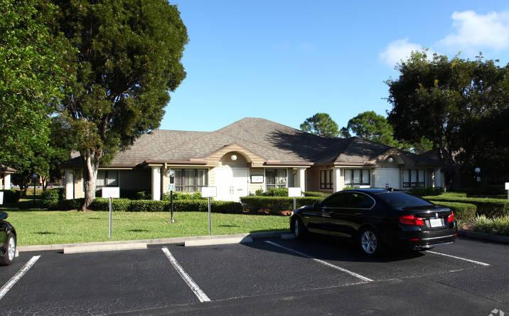 12553 New Brittany Blvd Bldg 28, Fort Myers, FL, 33907