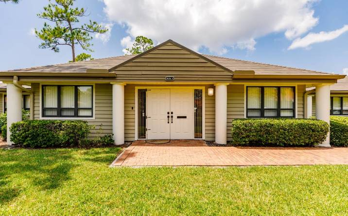 12557 New Brittany Blvd, Building 31, Fort Myers, FL, 33907