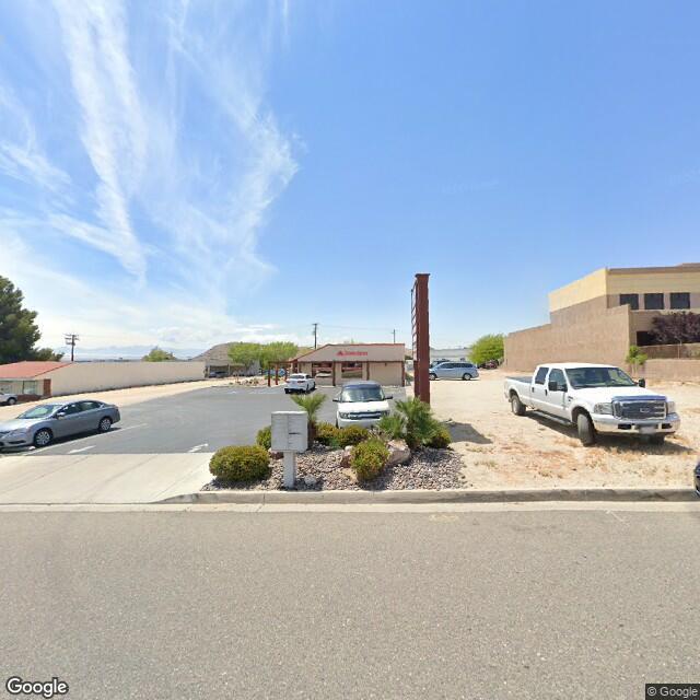 16048 Tuscola Rd, Apple Valley, CA 92307