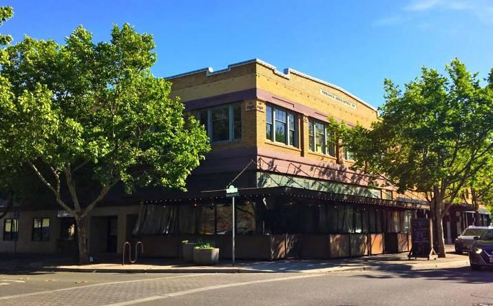 200-202 W Main St, Turlock, CA, 95380