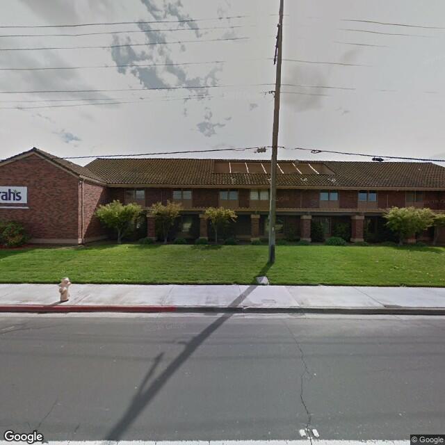 2020 W Kettleman Ln, Lodi, CA 95242