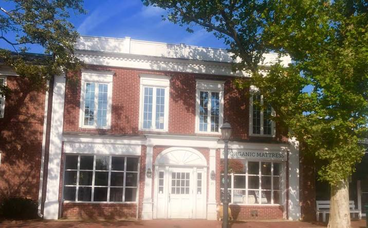 21 South Avenue, New Canaan, CT, 06840