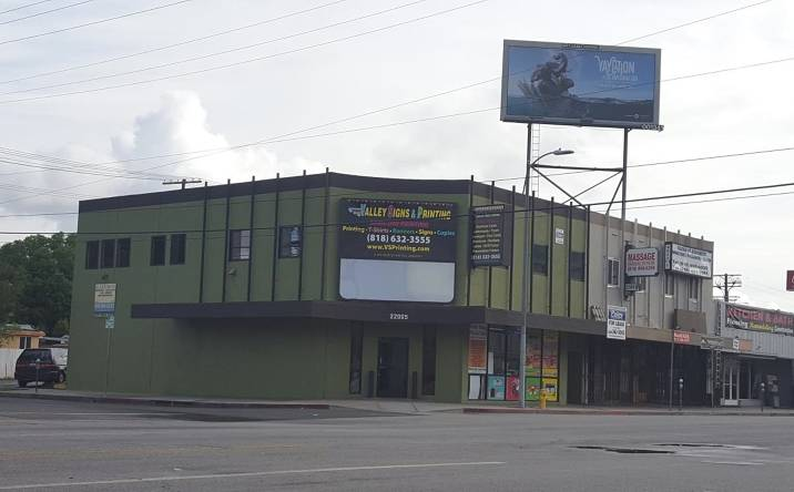 22065 Sherman Way, Los Angeles, CA, 91303