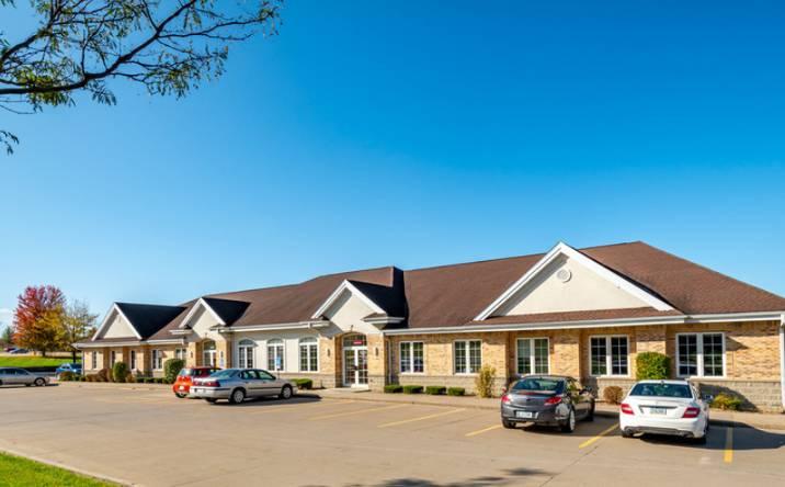 240 Wiley Blvd SW, Cedar Rapids, IA, 52405