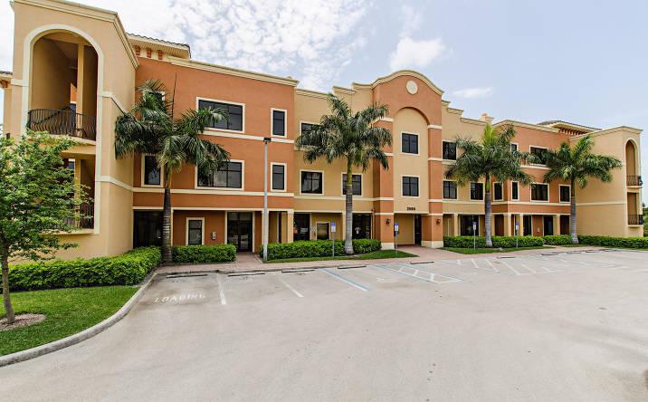 2590 Northbrooke Plaza Drive, Naples, FL, 34119