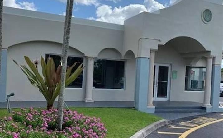 6201 N University Dr, Tamarac, FL, 33321