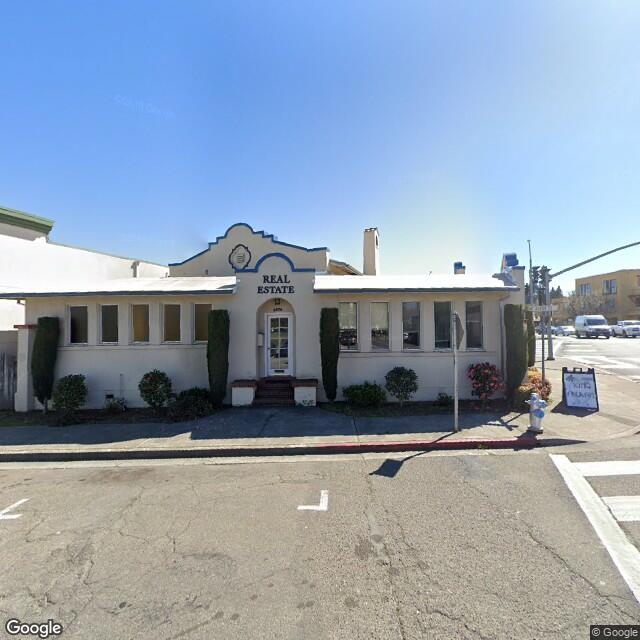 6876 Sebastopol Ave, Sebastopol, CA 95472