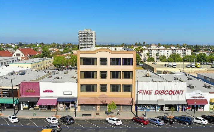 7000 Pacific Boulevard, Huntington Park, CA, 90255