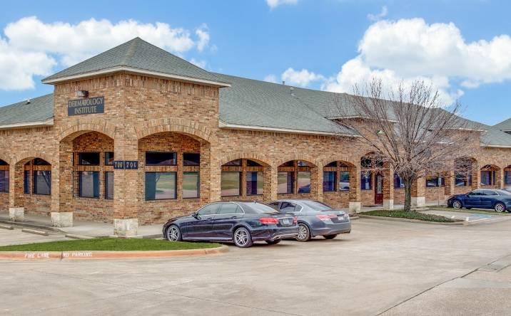 706 W. Center Street., Duncanville, TX, 75116
