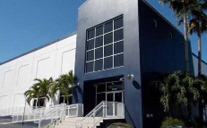 7620 NW 25 St, Miami, FL, 33122