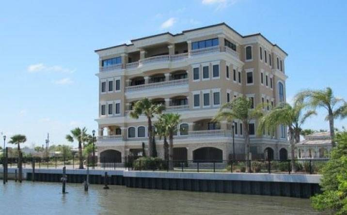 825 Ballough Rd, Daytona Beach, FL, 32114