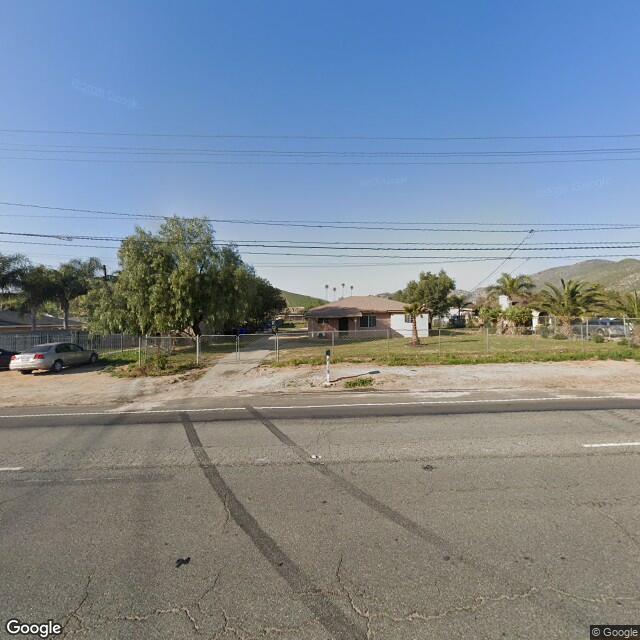 8323 Mission Blvd, Jurupa Valley, CA 92509