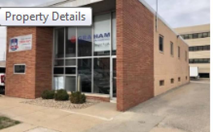 858 1st Avenue NE, Cedar Rapids, IA, 52402