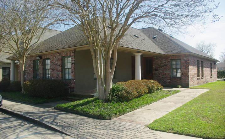 8704 Jefferson Hwy, Baton Rouge, LA, 70809