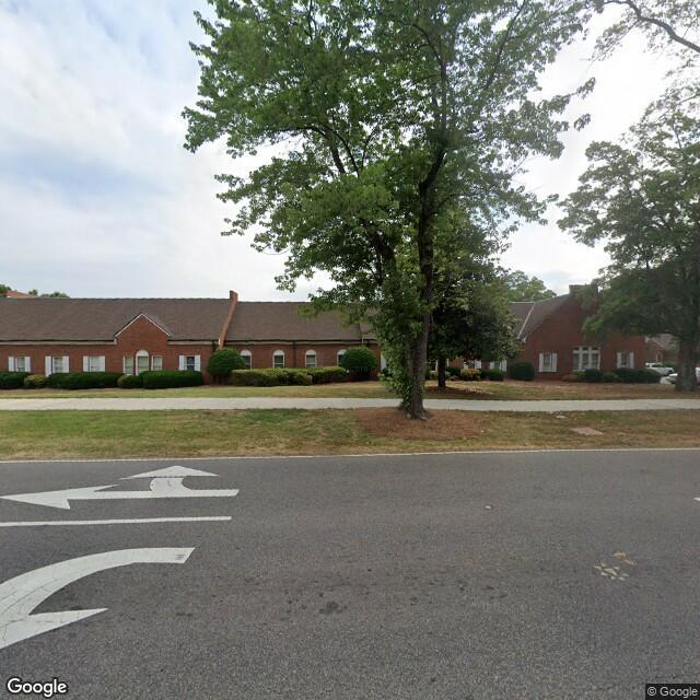 101 E Matthews St,Matthews,NC,28105,US