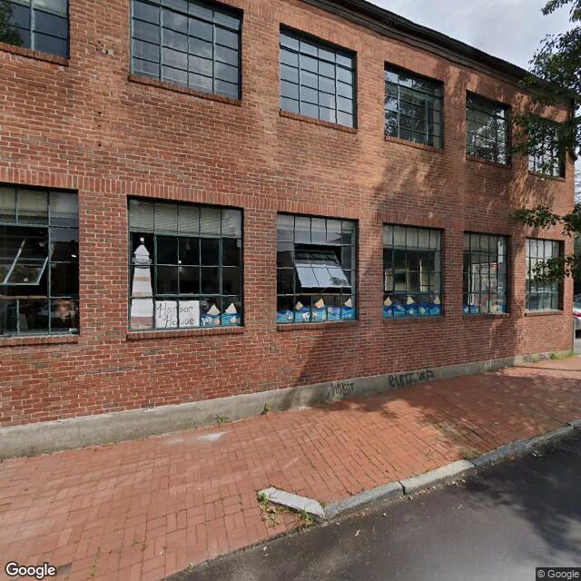 12 Bassett St,Providence,RI,02903,US