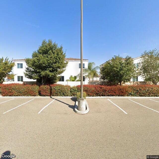 1735 W Walnut Ave,Visalia,CA,93277,US
