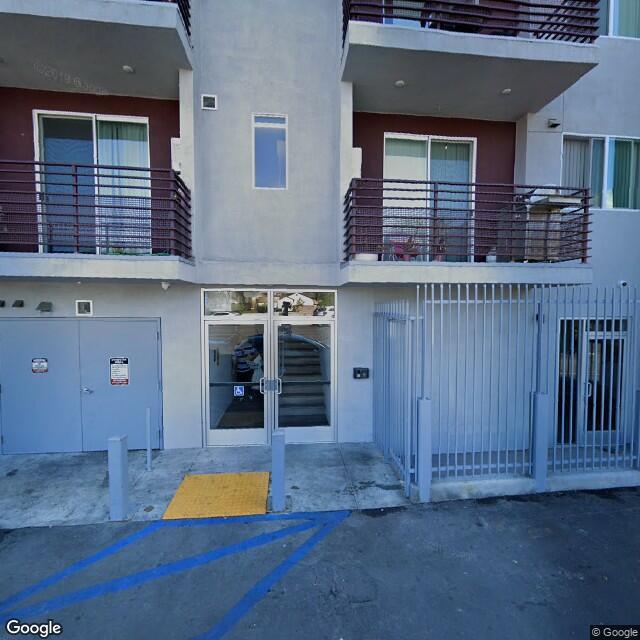 18711 Sherman Way,Reseda,CA,91335,US