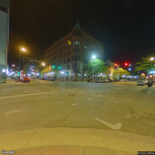 221 3rd Ave SE,Cedar Rapids,IA,52401,US