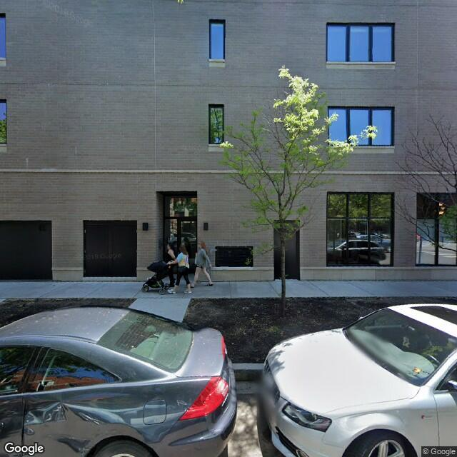 2555 N Southport Ave,Chicago,IL,60614,US