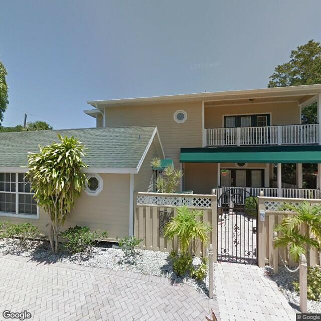 524 SW 3rd St,Stuart,FL,34994,US