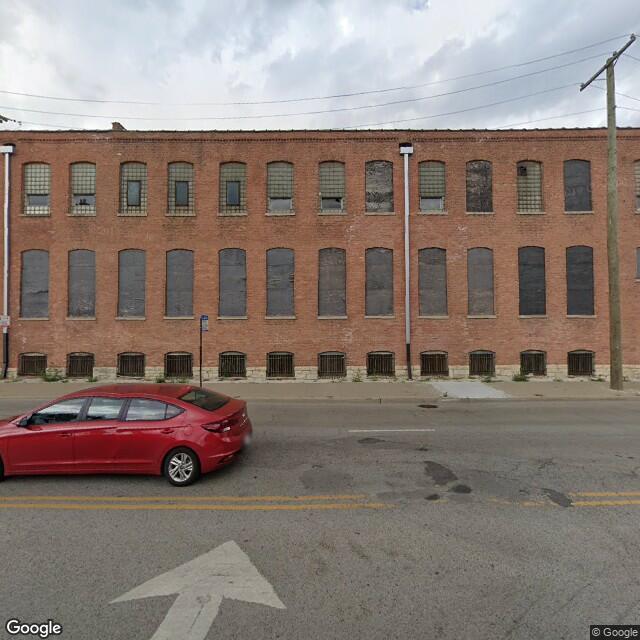 900 W Cermak Rd,Chicago,IL,60608,US