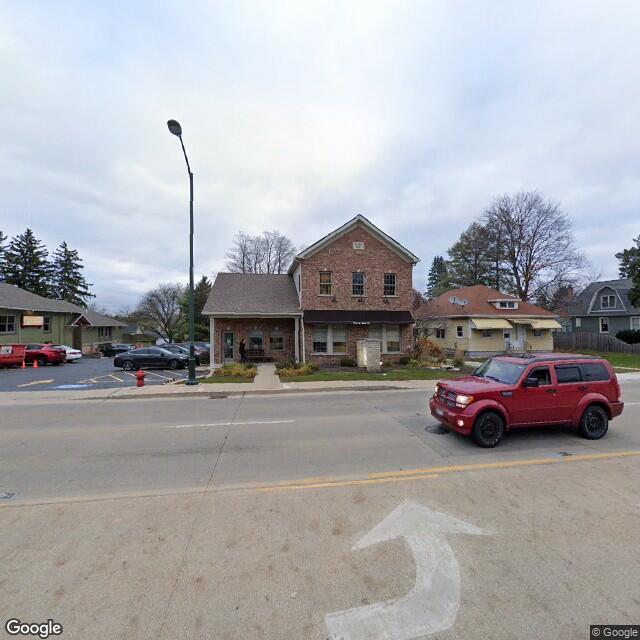 1024 W Main St,Saint Charles,IL,60174,US
