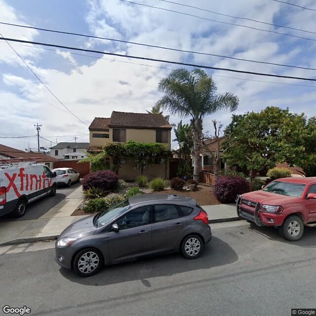 107 Mcpherson St,Santa Cruz,CA,95060,US