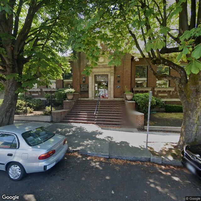 1110 SE Alder St,Portland,OR,97214,US