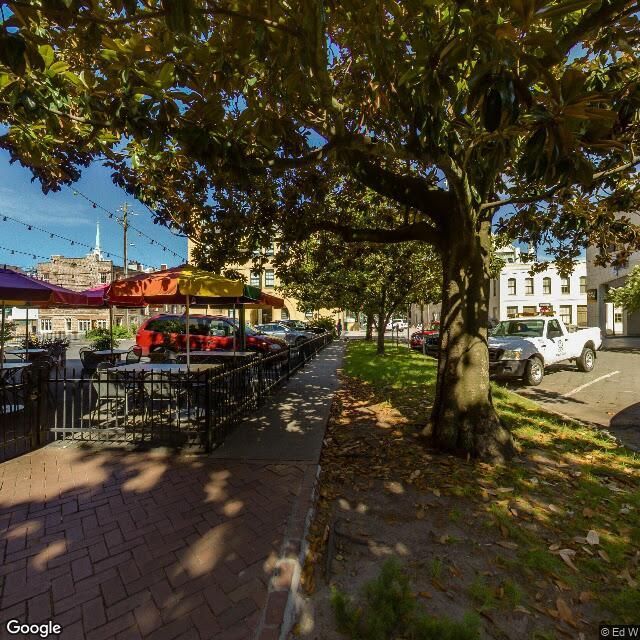 129 Abercorn St,Savannah,GA,31401,US