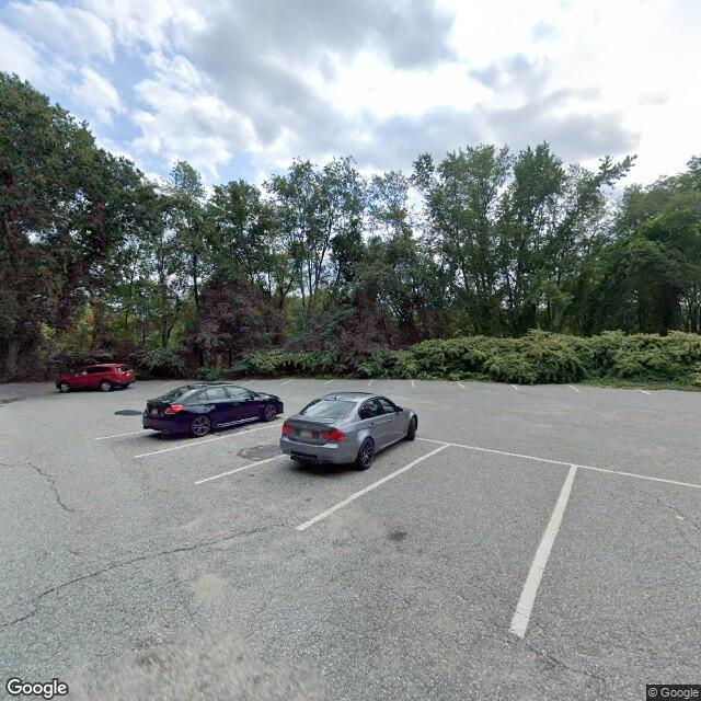 12 Pond Ln,Concord,MA,01742,US