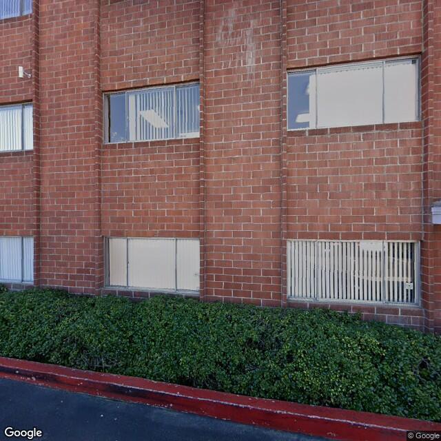 13601 E Whittier Blvd,Whittier,CA,90605,US