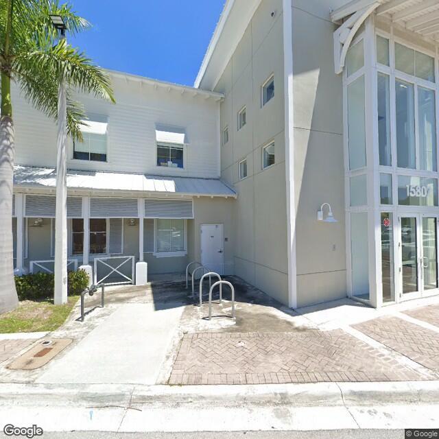 15807 Biscayne Blvd,North Miami Beach,FL,33160,US