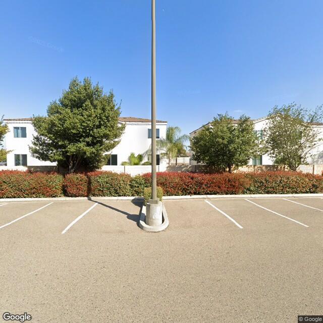 1747 W Walnut Ave,Visalia,CA,93277,US