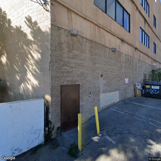 18607 Ventura Blvd,Tarzana,CA,91356,US