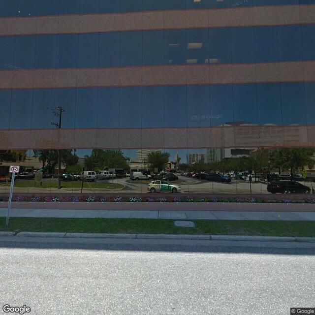 2033 Main St,Sarasota,FL,34237,US