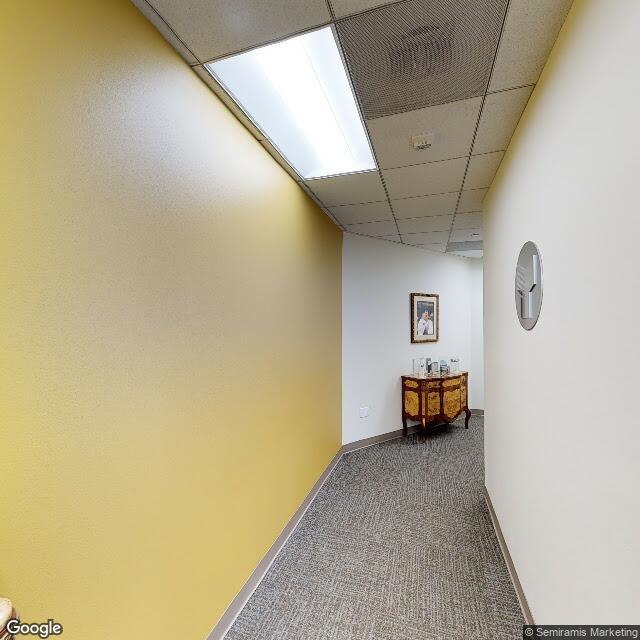 21900 Burbank Blvd,Woodland Hills,CA,91367,US