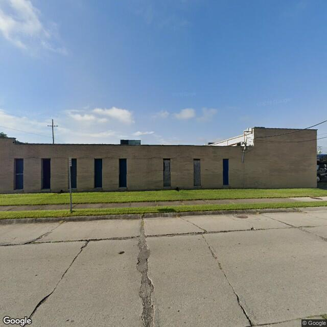 24425 Hoover Rd,Warren,MI,48089,US