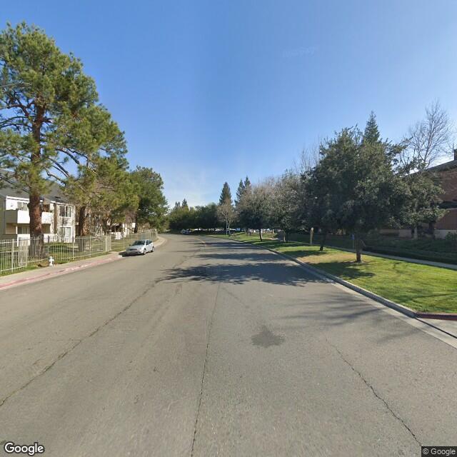 8121 Madison Ave,Fair Oaks,CA,95628,US