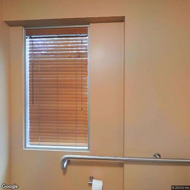 2764 Gateway Rd,Carlsbad,CA,92009,US