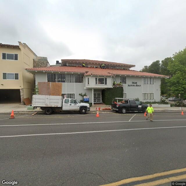 28240 Agoura Rd,Agoura Hills,CA,91301,US