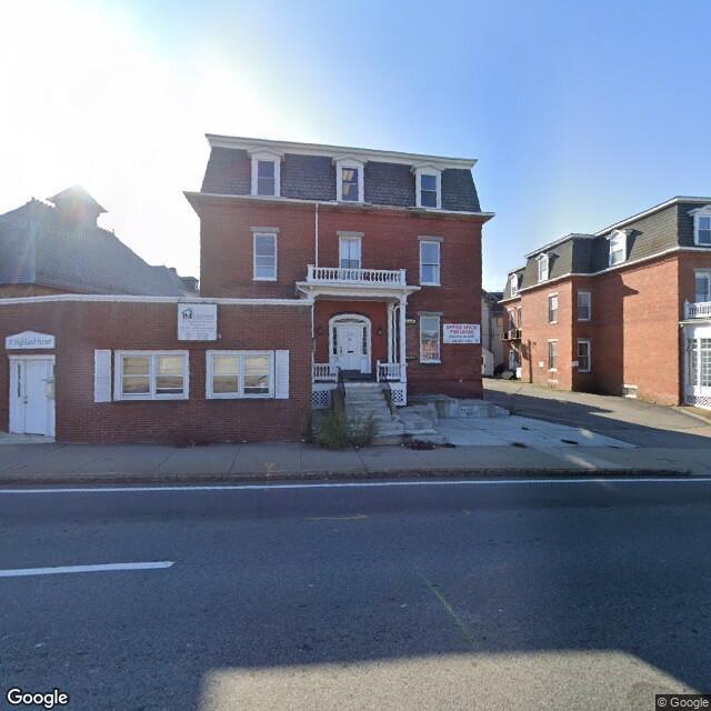 37 Highland St,Worcester,MA,01609,US