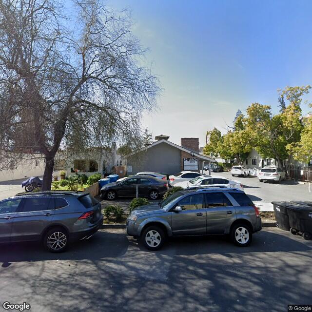 52 Arch St,Redwood City,CA,94062,US