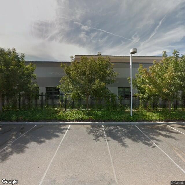 677 W Palmdon Dr,Fresno,CA,93704,US