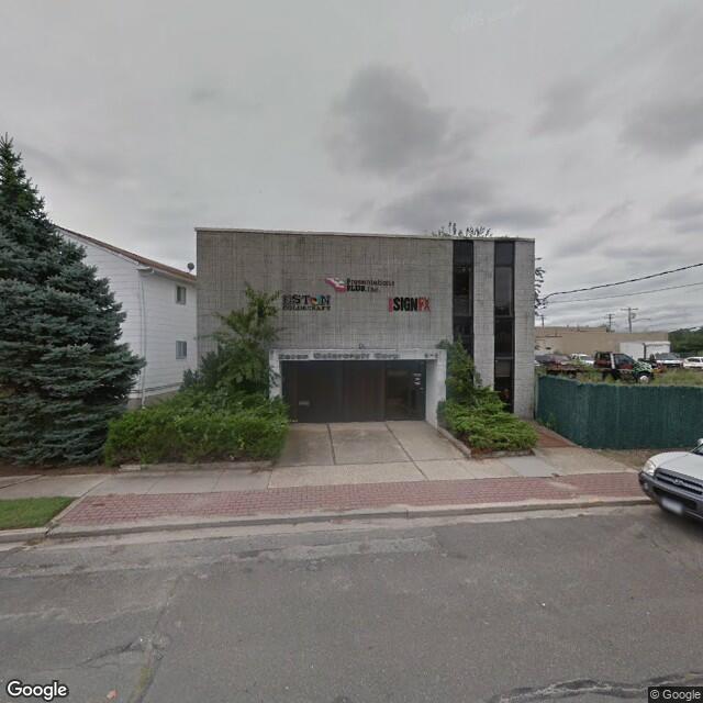 6 Powell St,Farmingdale,NY,11735,US