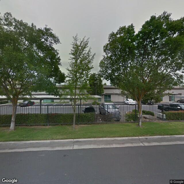 7485 N Palm Ave,Fresno,CA,93711,US