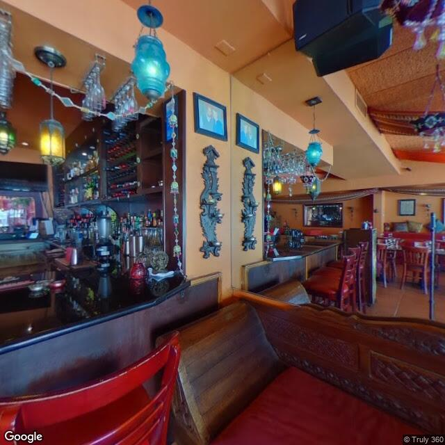 8226 W 3rd St,Los Angeles,CA,90048,US