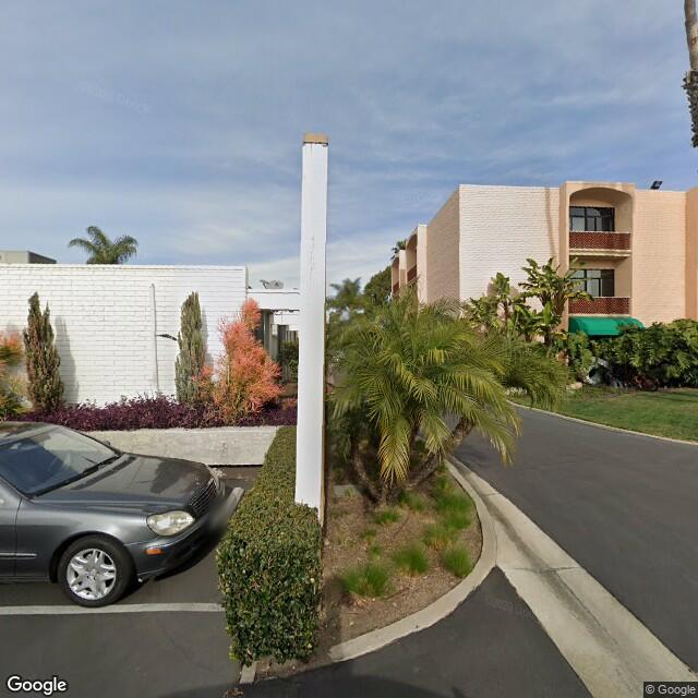 881 Dover Dr,Newport Beach,CA,92663,US